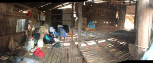 in het hutje